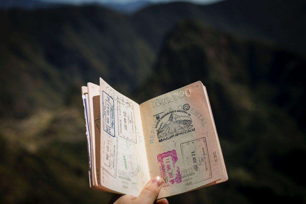 koffer inpakken paspoort