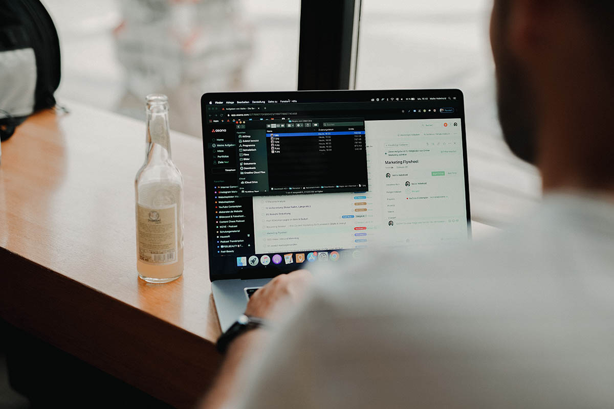 online-marketing-tricks-tipify